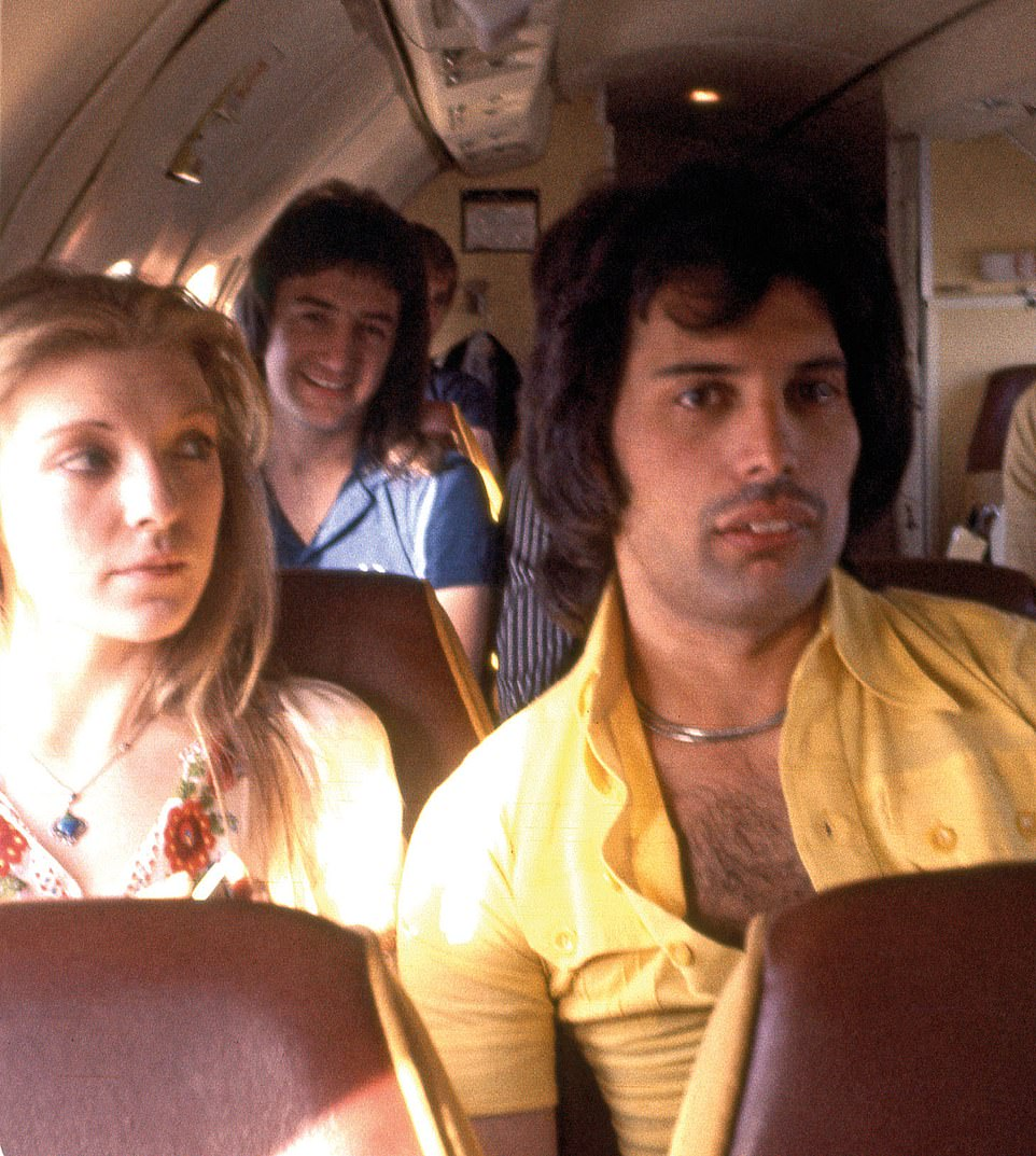 Mary Austin, john Deacon and Freddie Mercury